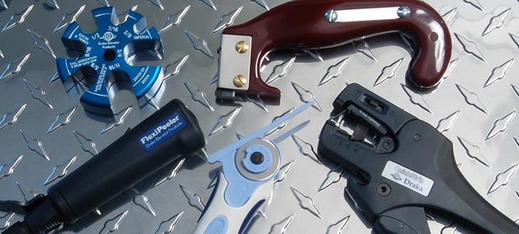 Tools &<br>Hardware